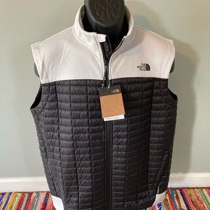NEW The North Face Puffer Ski Vest Black Large